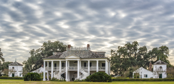 Evergreen Plantation main house and rippled clouds, 2017